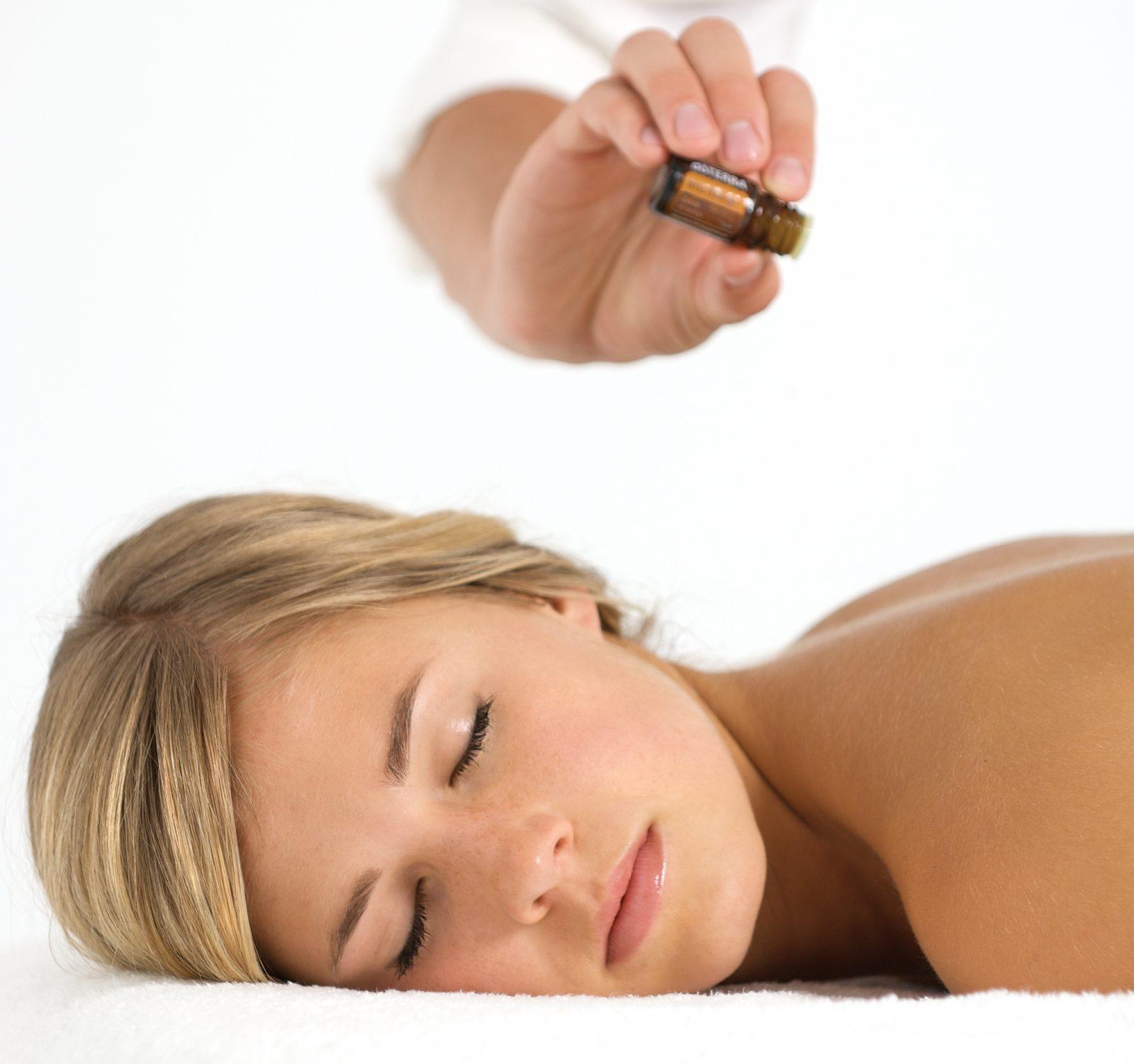 Aroma  yoga massage