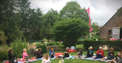 Yoga in de tuin 25 juni