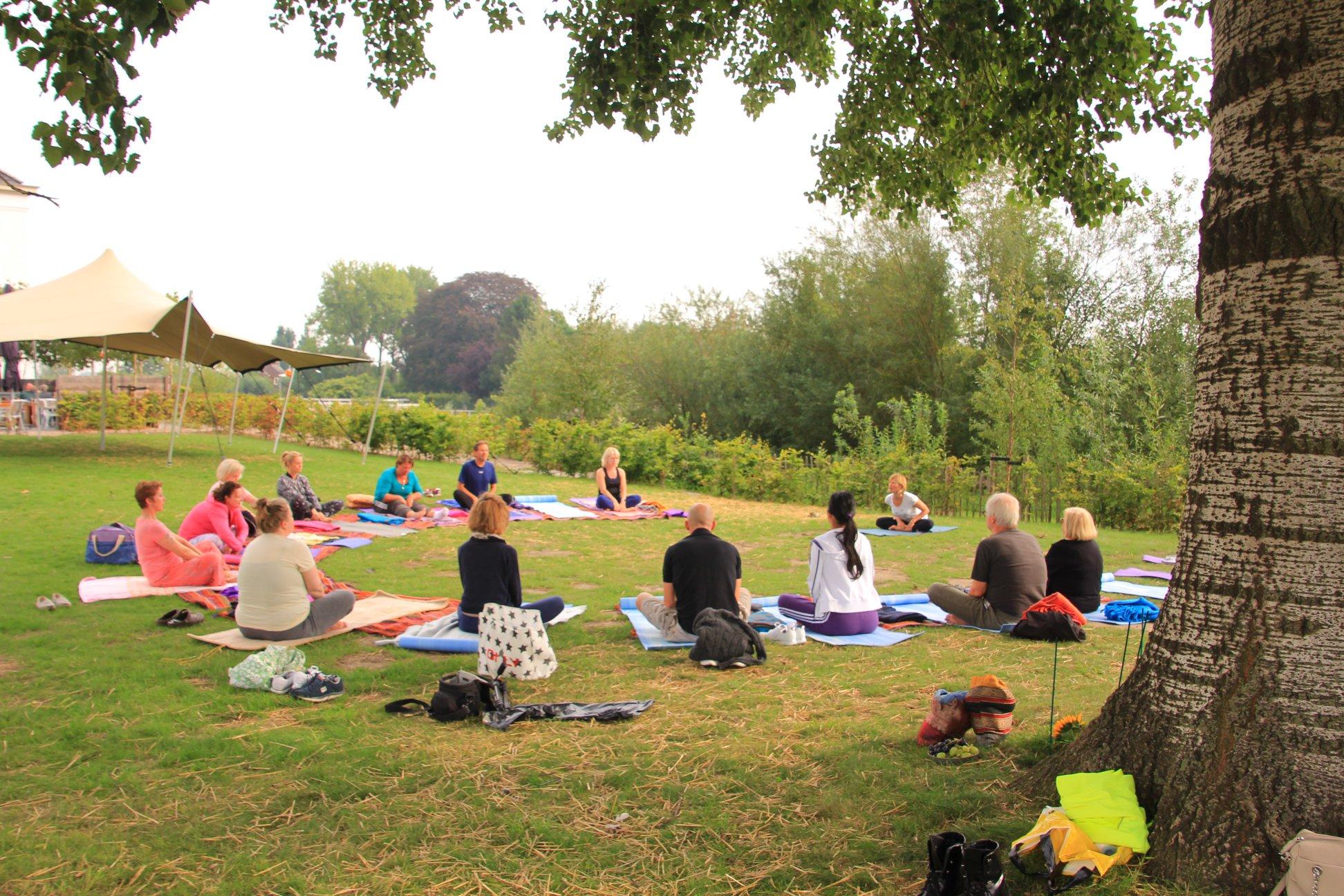Yoga bij de Witte Dame 25 augustus